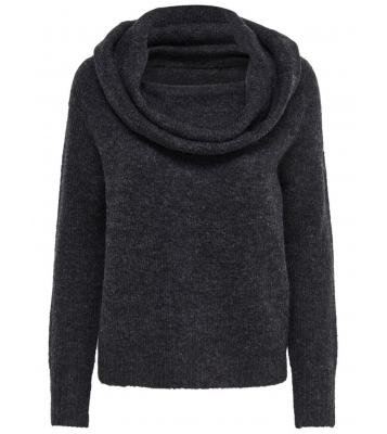 Pull en maille col montant...