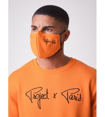 Masque pour le visage brodé...